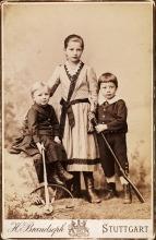 Geschwister Baumeister, Willi mit Klara und Hans, um 1893. ab-f-037-046