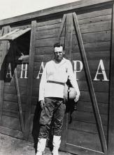 Willi Baumeister als Soldat in der Ukraine in der Nähe von Tiflis, 1918